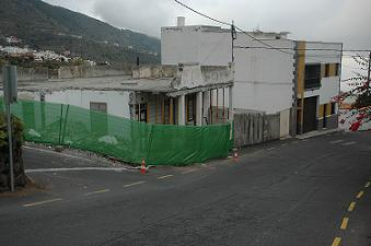 """LOS VERDES CONSIDERAN UN """"LAVADO DE IMAGEN"""" EL ECOBARRIO DE CUEVA DEL VIENTO."""