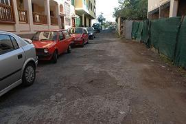 """LOS VERDES DENUNCIAN """"INSEGURIDAD Y SUCIEDAD"""" EN LA CALLE """"EL PEZ""""."""